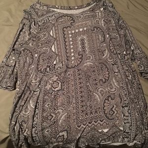 Plus size  pattern longer sleeve shirt